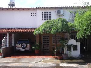 Townhouse En Venta En Ciudad Bolivar, Casco Central, Venezuela, VE RAH: 16-13643