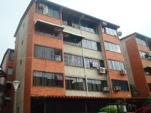 Apartamento En Venta En Guarenas, Terrazas Del Este, Venezuela, VE RAH: 16-13651