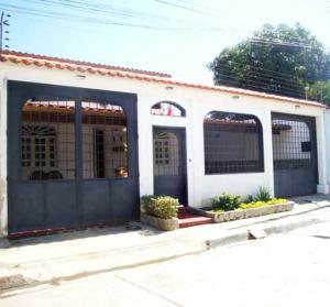 Casa En Venta En Cagua, Corinsa, Venezuela, VE RAH: 16-13655