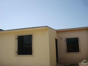 Casa En Venta En San Joaquin, La Pradera, Venezuela, VE RAH: 16-13823