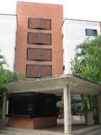 Apartamento En Venta En Caracas, Lomas De Bello Monte, Venezuela, VE RAH: 16-13975