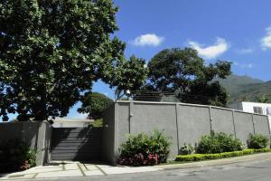Casa En Venta En Caracas, Country Club, Venezuela, VE RAH: 16-13678