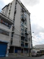 Apartamento En Venta En Maracay, El Centro, Venezuela, VE RAH: 16-13689