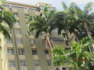 Apartamento En Venta En Valencia, La Viña, Venezuela, VE RAH: 16-13722