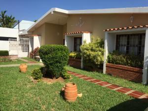 Casa En Venta En Maracaibo, La California, Venezuela, VE RAH: 16-14027