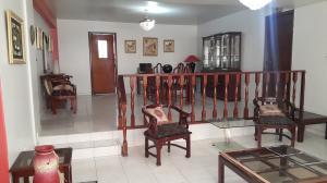 Apartamento En Venta En Maracaibo, Los Aceitunos, Venezuela, VE RAH: 16-13760