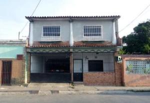 Casa En Venta En Cagua, Centro, Venezuela, VE RAH: 16-13763