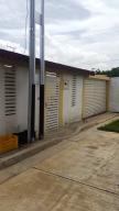 Casa En Venta En Intercomunal Maracay-Turmero, Isacc Oliveira, Venezuela, VE RAH: 16-13774