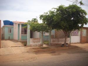 Casa En Venta En Municipio San Francisco, Los Samanes, Venezuela, VE RAH: 16-13738