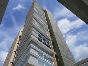 Apartamento En Venta En Caracas, El Paraiso, Venezuela, VE RAH: 16-13935