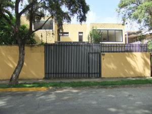 Casa En Alquiler En Caracas, La Floresta, Venezuela, VE RAH: 16-13844