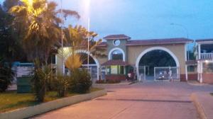 Casa En Venta En Charallave, Los Samanes, Venezuela, VE RAH: 16-13855