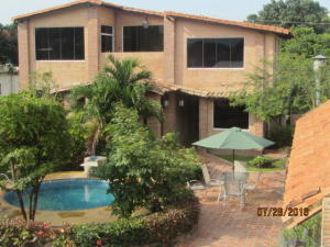 Casa En Venta En Municipio San Diego, Sabana Del Medio, Venezuela, VE RAH: 16-13862