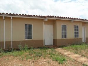 Casa En Venta En Tinaquillo, Villas De San Antonio, Venezuela, VE RAH: 16-13861