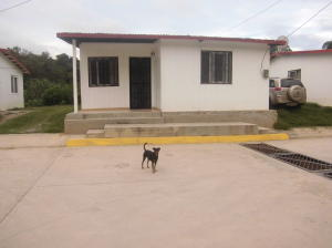 Casa En Ventaen Los Teques, El Tambor, Venezuela, VE RAH: 16-13885