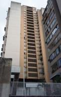 Apartamento En Venta En Caracas, Parroquia La Candelaria, Venezuela, VE RAH: 16-14475