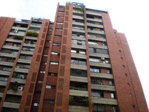 Apartamento En Venta En Caracas, Prado Humboldt, Venezuela, VE RAH: 16-13909