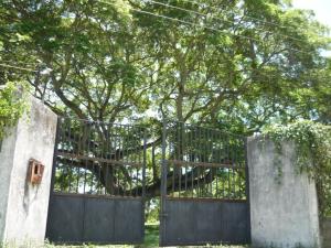 Casa En Ventaen Rio Chico, San Jose, Venezuela, VE RAH: 16-13924