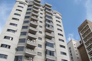 Apartamento En Venta En Maracay, Base Aragua, Venezuela, VE RAH: 16-13928