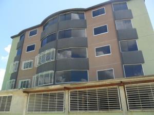 Apartamento En Venta En Guatire, La Sabana, Venezuela, VE RAH: 16-13940
