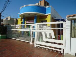 Casa En Venta En Maracaibo, Tierra Negra, Venezuela, VE RAH: 16-13947