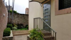 Townhouse En Venta En Valencia, El Parral, Venezuela, VE RAH: 16-13953