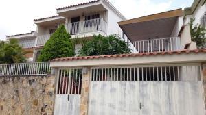 Casa En Venta En Valencia, Terrazas De Los Nisperos, Venezuela, VE RAH: 16-13959