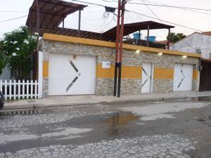 Casa En Venta En Turmero, Villa El Rosal, Venezuela, VE RAH: 16-13963