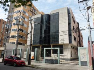 Oficina En Venta En Maracay, La Arboleda, Venezuela, VE RAH: 16-13999