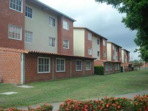 Apartamento En Ventaen Guatire, Valle Grande, Venezuela, VE RAH: 16-14023