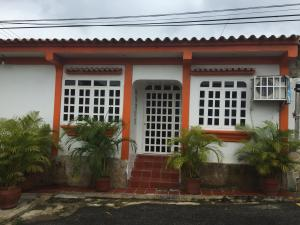 Casa En Venta En Valencia, Los Caobos, Venezuela, VE RAH: 16-14009
