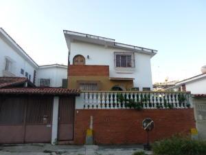 Casa En Venta En Caracas, Palo Verde, Venezuela, VE RAH: 16-14032