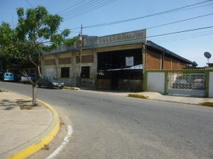 Galpon - Deposito En Venta En Cabimas, Miraflores, Venezuela, VE RAH: 16-14026