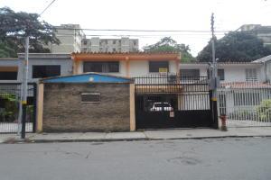 Casa En Venta En Valencia, Las Acacias, Venezuela, VE RAH: 16-14039