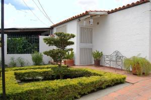Casa En Venta En Cabudare, Valle Hondo, Venezuela, VE RAH: 16-14058