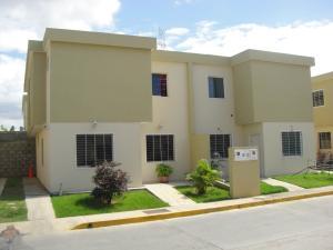 Casa En Venta En Cabudare, Trapiche Villas, Venezuela, VE RAH: 16-14080
