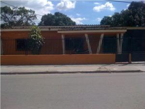 Casa En Venta En Municipio Montalban, La Segundera, Venezuela, VE RAH: 16-14096
