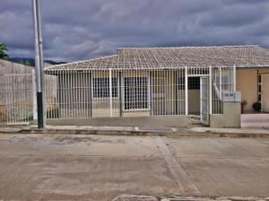 Casa En Ventaen La Miel, Centro, Venezuela, VE RAH: 16-14355