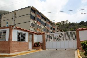 Apartamento En Venta En La Guaira, La Llanada, Venezuela, VE RAH: 16-14135