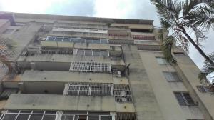 Apartamento En Venta En Valencia, Trigal Centro, Venezuela, VE RAH: 16-14163
