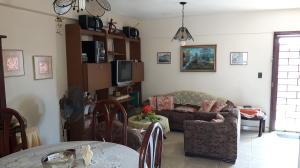 Apartamento En Venta En Municipio San Francisco, San Francisco, Venezuela, VE RAH: 16-14165
