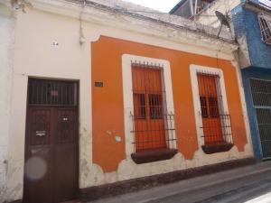 Casa En Venta En Caracas, Parroquia La Candelaria, Venezuela, VE RAH: 16-14186