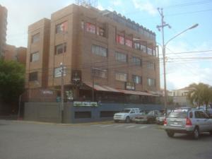 Oficina En Alquiler En Barquisimeto, Parroquia Santa Rosa, Venezuela, VE RAH: 16-14190