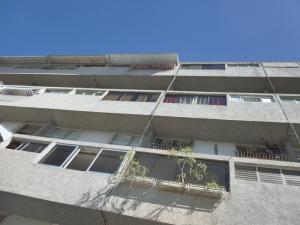 Apartamento En Venta En Caracas, Terrazas Del Club Hipico, Venezuela, VE RAH: 16-13952