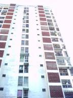 Apartamento En Venta En Caracas, Palo Verde, Venezuela, VE RAH: 16-14224
