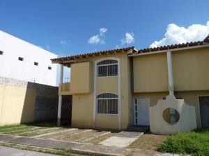 Casa En Venta En La Morita, Villas Geicas, Venezuela, VE RAH: 16-14267
