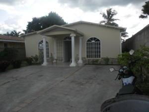 Terreno En Venta En Municipio San Diego, Las Morochas I, Venezuela, VE RAH: 16-14276