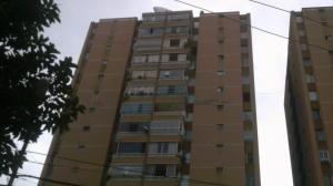 Apartamento En Venta En San Antonio De Los Altos, Los Salias, Venezuela, VE RAH: 16-14278