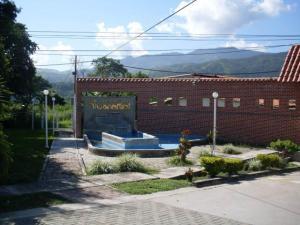 Casa En Venta En El Consejo, El Manantial, Venezuela, VE RAH: 16-14289