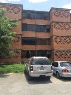Apartamento En Ventaen Guarenas, Nueva Casarapa, Venezuela, VE RAH: 16-14311